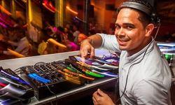 DJ Santi